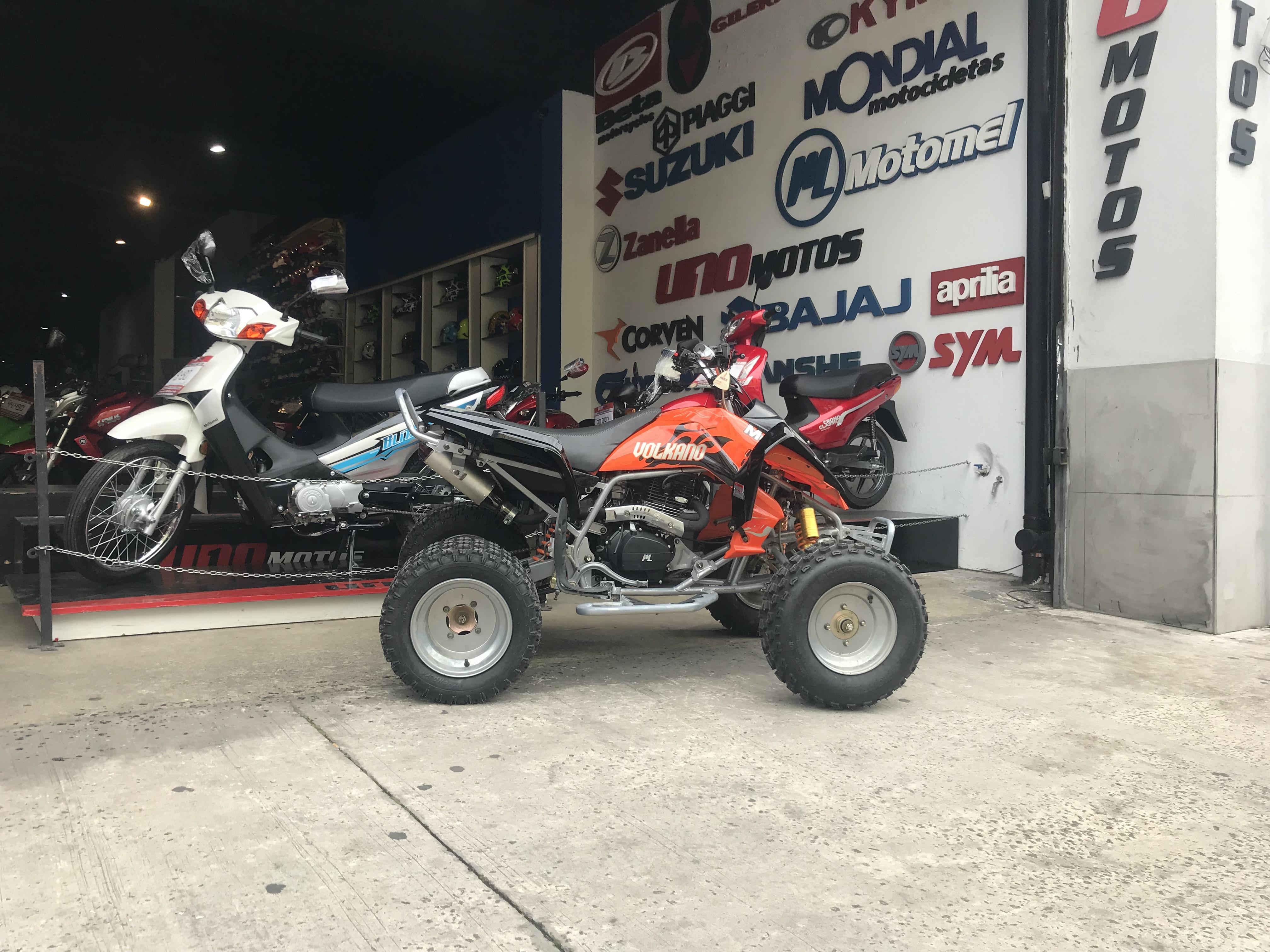 Moto Motomel Volkano 250 Base 2018