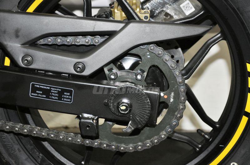 Moto Bajaj Rouser 200 NS