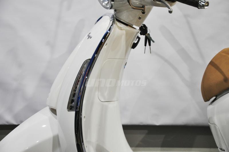 Moto Beta Tempo 150 Deluxe Parabrisas y Baul linea 2019