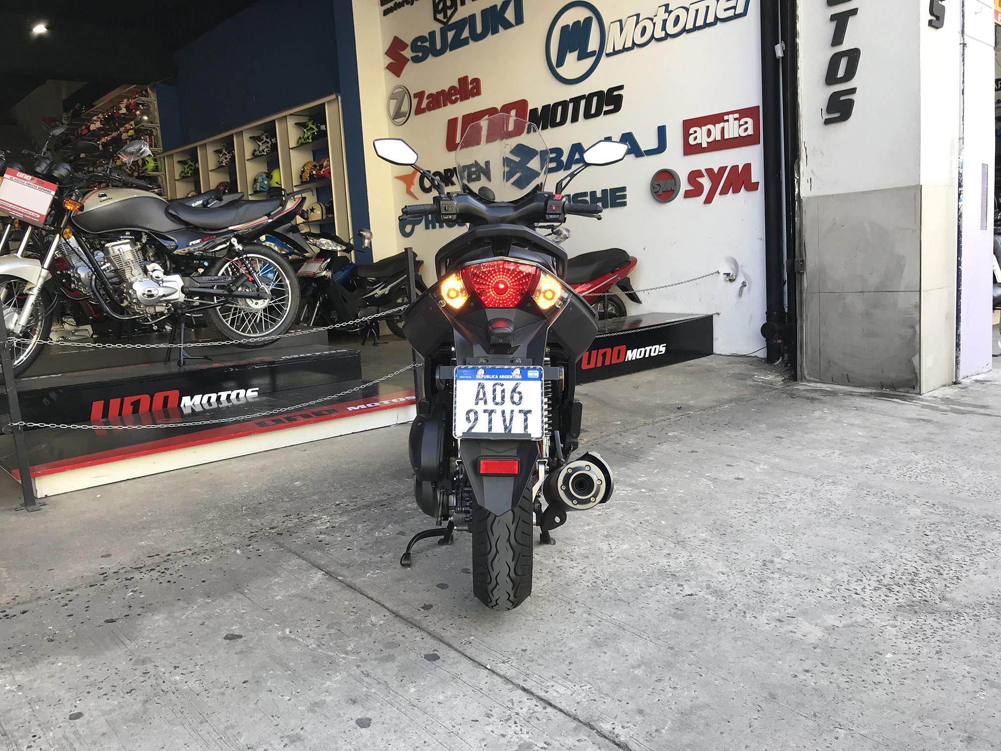 Moto Benelli Caffenero 150 Usada 2017 con 4039 KM Int 19811