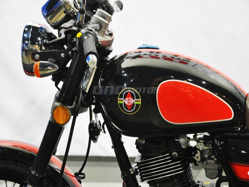 Moto Gilera VC 200 Cafe Racer 2018
