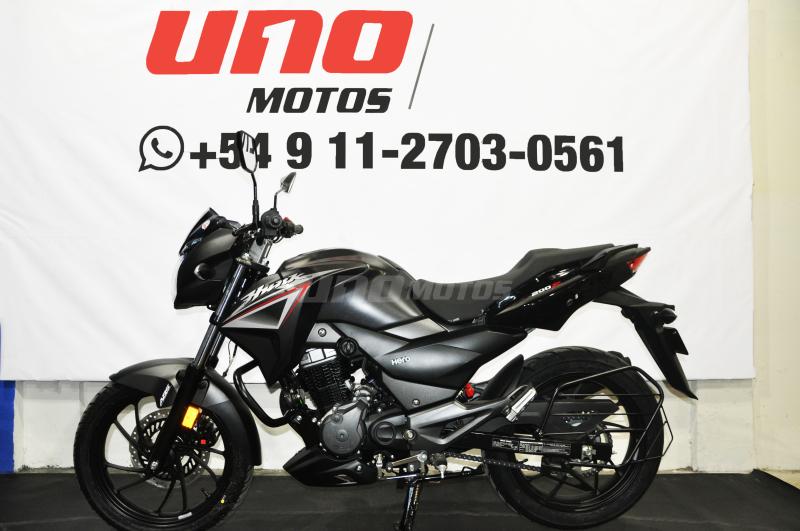 Moto Hero Hunk 200 R ABS