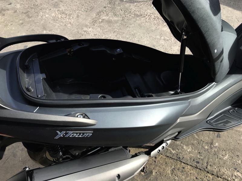 Moto Kymco X-Town 250 i