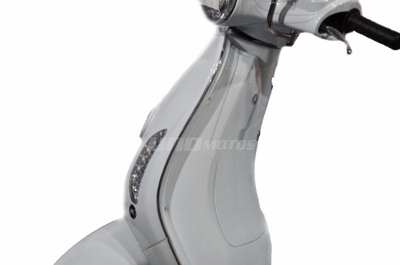 Moto Motomel Strato Euro 150cc tipo Vespa 2020