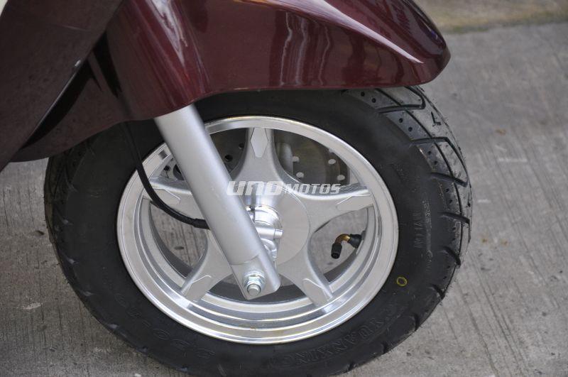 Strato 150cc Euro tipo Vespa motomel