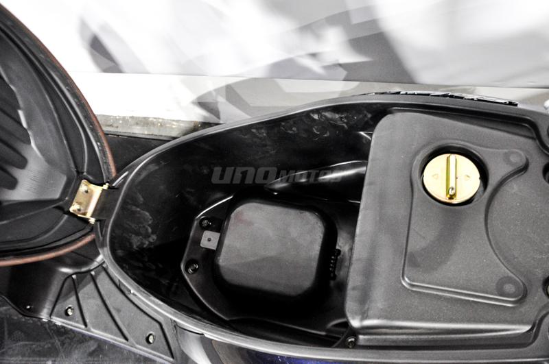 Moto Zanella Styler 150 R16