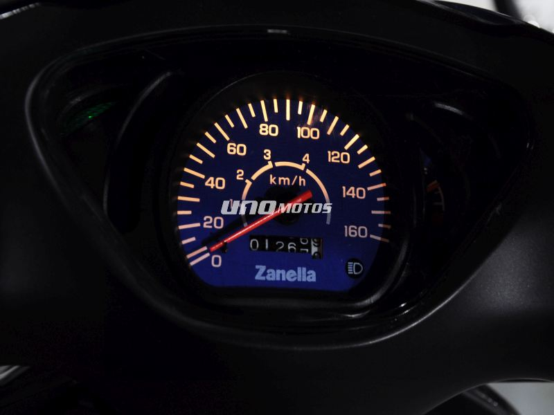 Moto Zanella  ZB 110 Usada 2018 1200km INT 18743